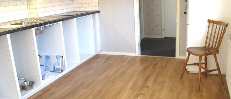 Renovering av golv och kök på Storgatan, Bergkvara. 2015.